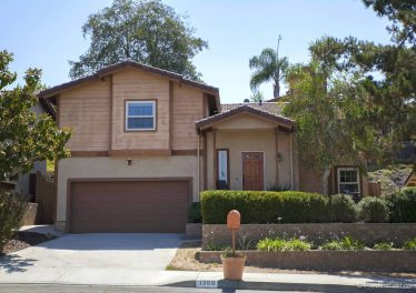 Beautifully updated home in Escondido's Avocado Estates